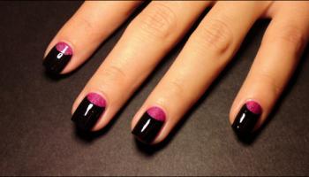 Half_Moon_nails