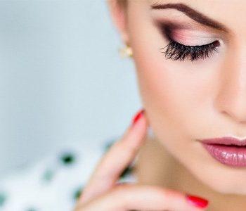 makeup-hacks-525×300
