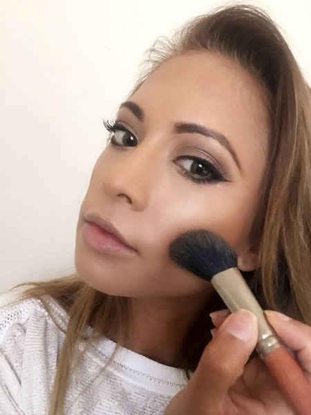 Maria-Valaskatzis-natural-makeup-blush