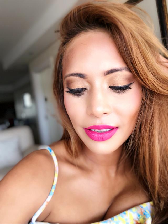 Maria Valaskatzis evening makeup